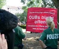 Foto Vor der Offenen Uni Berlins