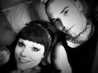 """Auch auf ihrem """"privaten"""" Profil ist sie mit ihrem Freund – der, einem ihrer Postings nach, scheinbar Tätowierer ist - zu sehen"""