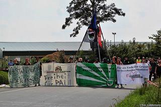 http://kampagne-gegen-tierfabriken.info/bilder-vom-aktionscamp-gegen-tierfabriken/