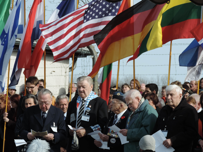 Erneuerung des Buchenwaldschwurs