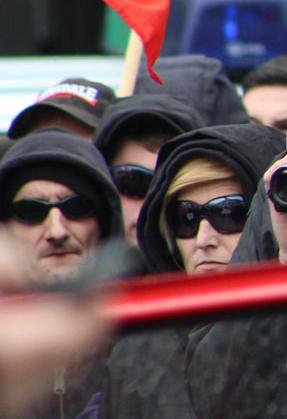 Nadine ten Wolde beim Neonazi-Aufmarsch in Dortmund