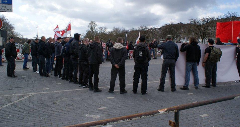 NPD-Kundgebung am 27.03.2010 auf dem Bahnhofsvorplatz
