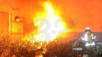 spreepictureGegen 1.50 Uhr bemerkte der Wachschutz die Flammen und rief die Feuerwehr