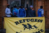 berlin, 12, september 2014, 18:30: die thomas-kirche wird besetzt