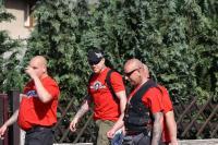 """Marc Kluge (Mitte) am 26.05.2012 als Ordner beim Rechtsrockevent """"Skinheadparty"""" in Nienhagen"""