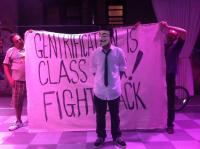 Protest gegen das Lab in NewYorck: Gentrification Is Class War - Fight Back!