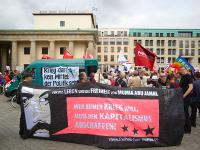 Transparent des Mumia-Bündnis Berlin