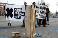 Aktion gegen Bundeswehr in Cottbus (1)