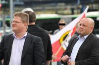 Holger Apfel und Bodyguard 2