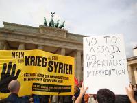 Transparent von NOWAR Berlin